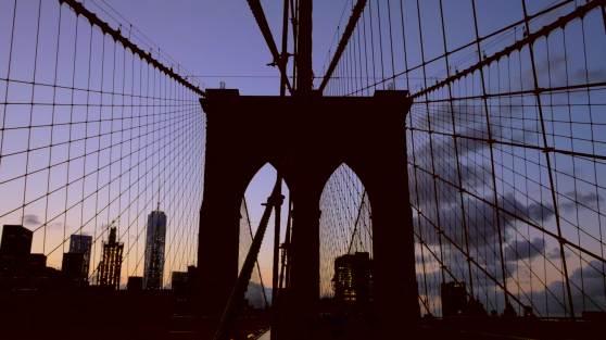 160820_102_NYC_BrooklynBridgeSunset_1080p