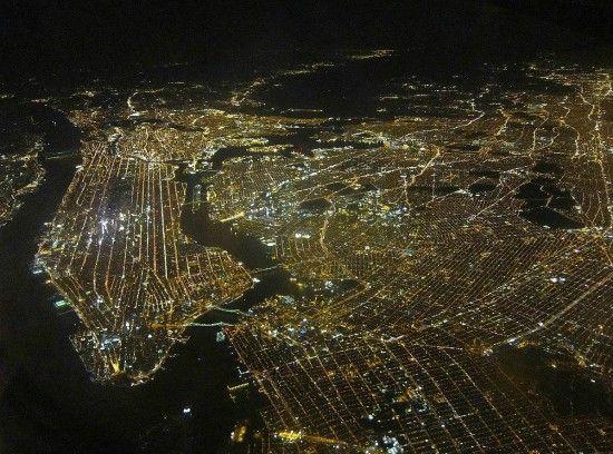 aad9e9303e5708d91da4c21270ac0f76--city-lights-night-lights
